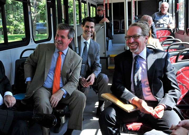 Photo of Administrator Rogoff touring the AMP BRT in Nashville