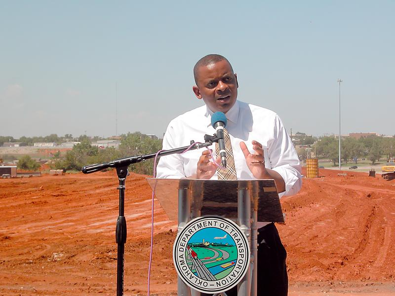 Photo of Secretary Foxx on site at Oklahoma City interchange reconstruction project
