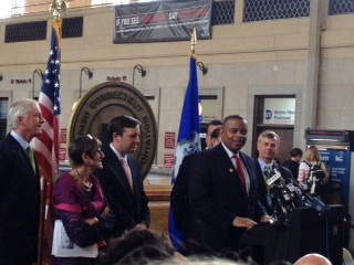 Photo of Secretary Foxx speaking in the New Haven station