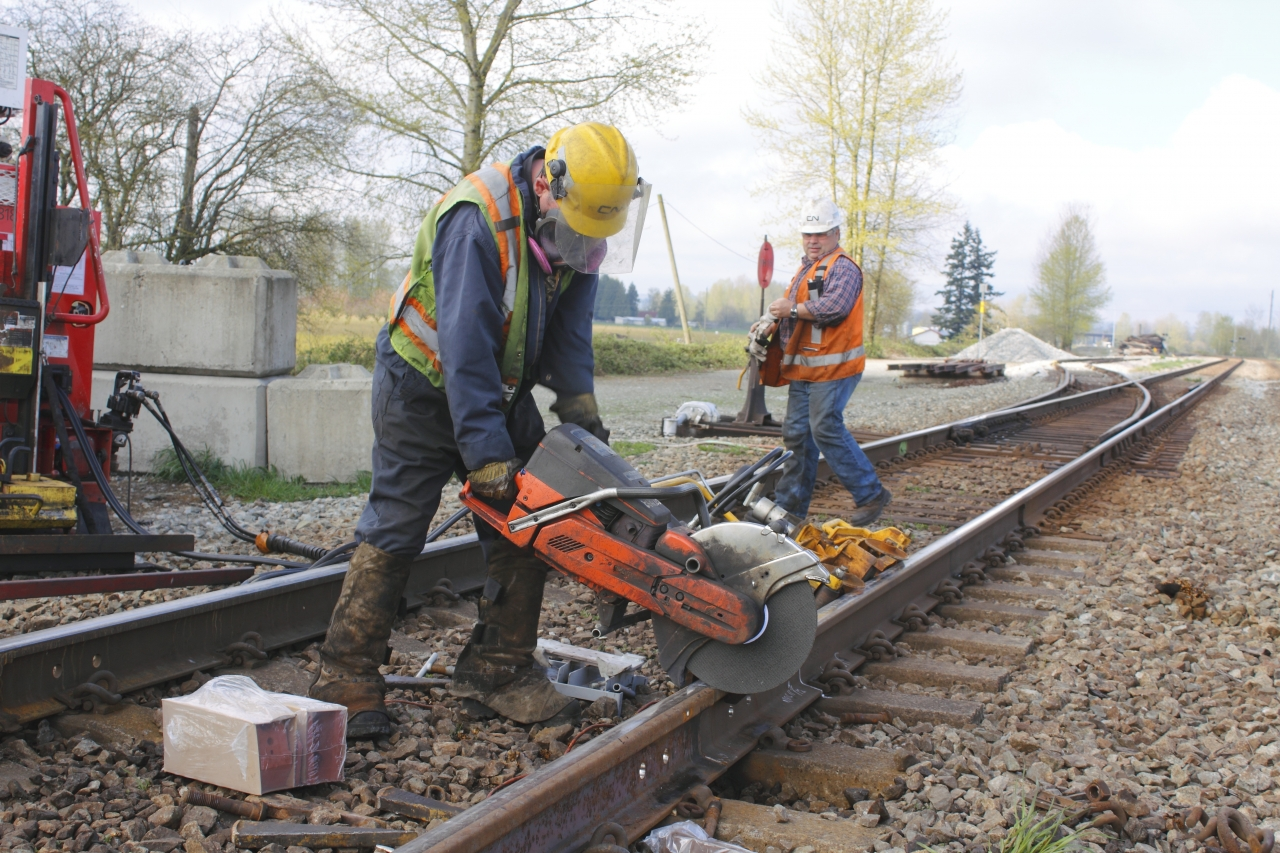 Photo of rail workers
