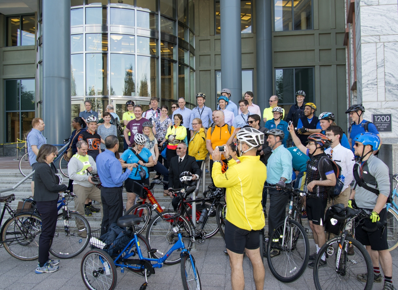 Deputy Secretary Victor Mendez with D.O.T. cyclists