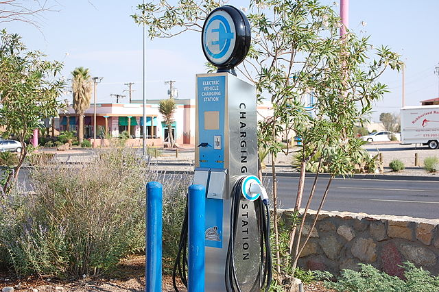 Picture of electric vehicle charging station - photo credit Rgaenzle