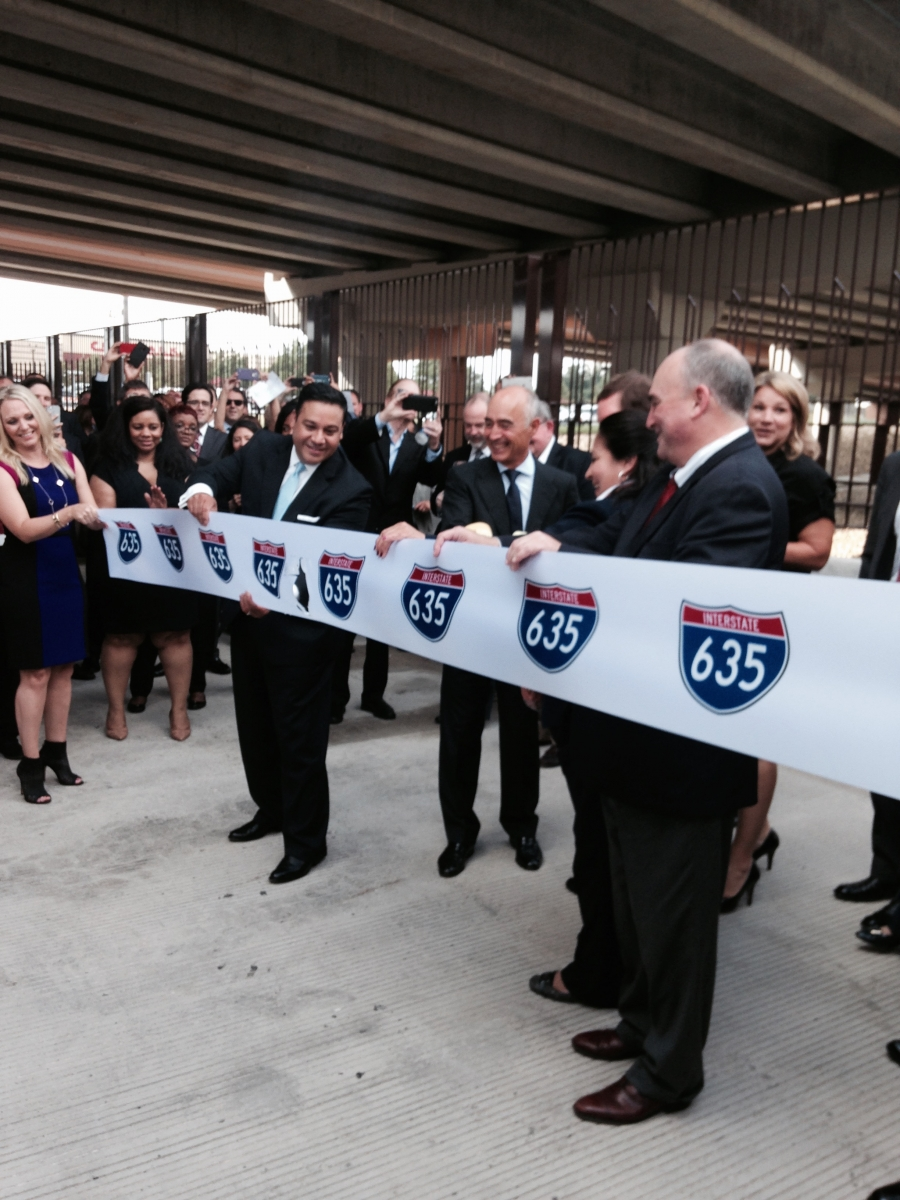 Photo of LBJ Express ribbon-cutting