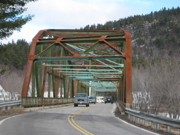 Photo of an obsolete Maine bridge that will be replaced thanks to a TIGER 4 grant