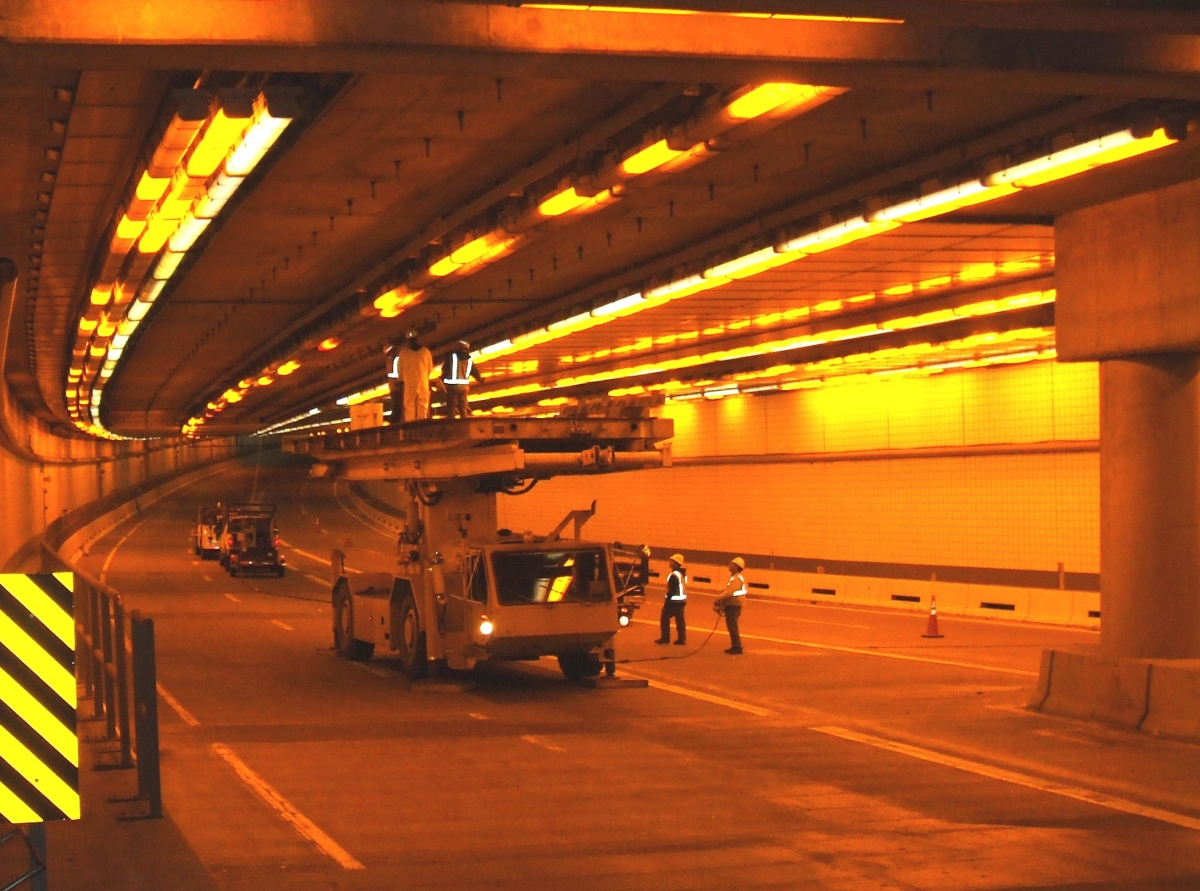 Tunnel inspection work