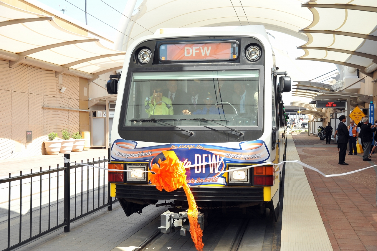 Dalls Fort Worth Airport transit system